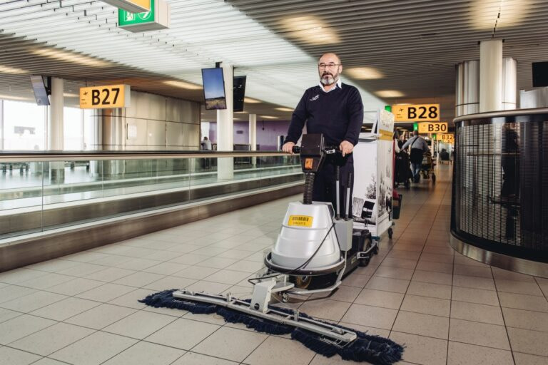 testimonial hago service airport